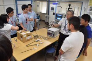 医療工学の最先端研究センターや実習室を見学